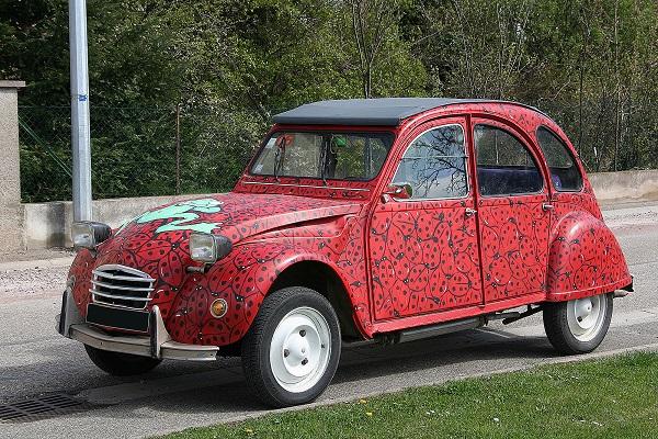 voiture 2cv peinture