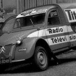 2cv fourgonnette publicitaire RADIO TITAN