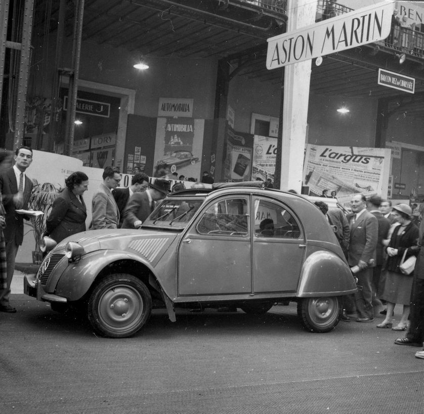 salon de l'auto 1948 2cv