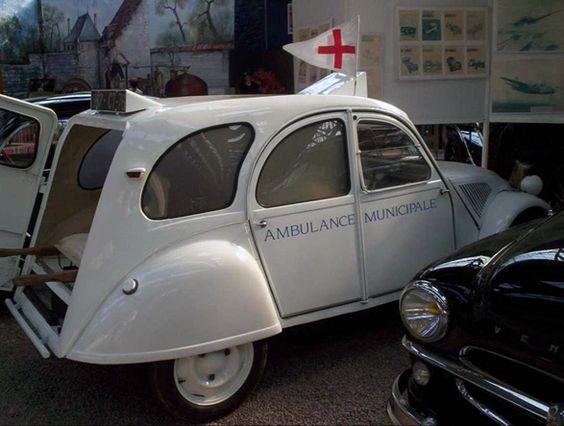 ambulance 2cv