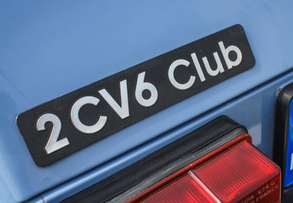 monogramme plaque 2cv 6 club