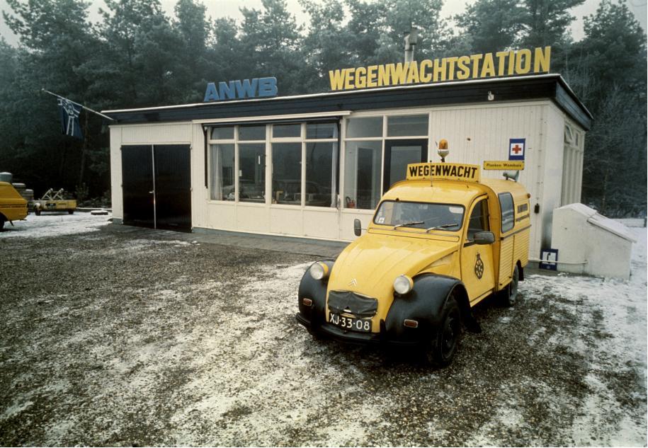 2cv Wegenwacht assistance routiere hollandaise citroen garage