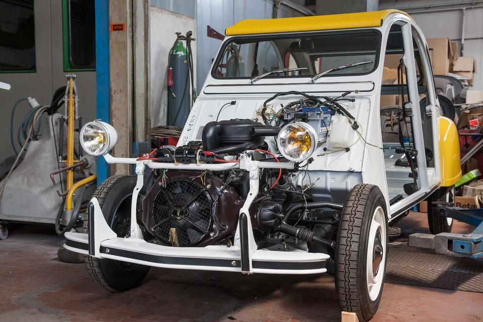 citroen 2cv soleil restauration moteur carrosserie serge gevin