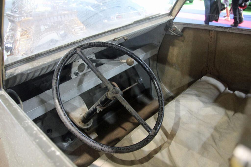 intérieur 2cv 1939 prototype