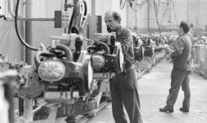 montage des moteurs 2Cv levallois